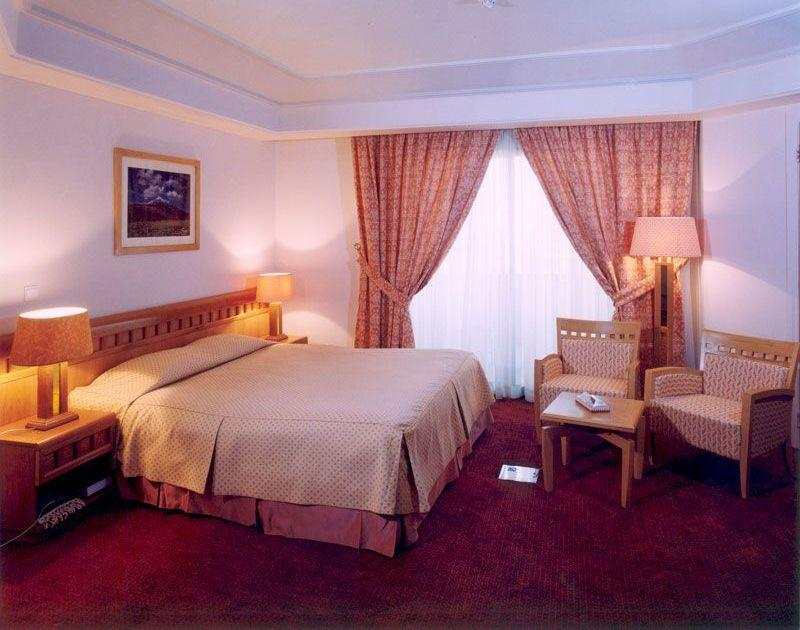 Luxusschlafzimmer, Kerman International Pars Hotel, Iran Rundreise