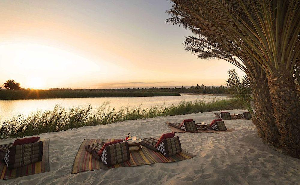 Picknick am Strand, Al Baleed Resort Salalah Resort, Oman Rundreise