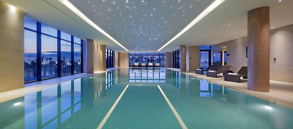 Pool, Hilton Batumi, Georgien Rundreise