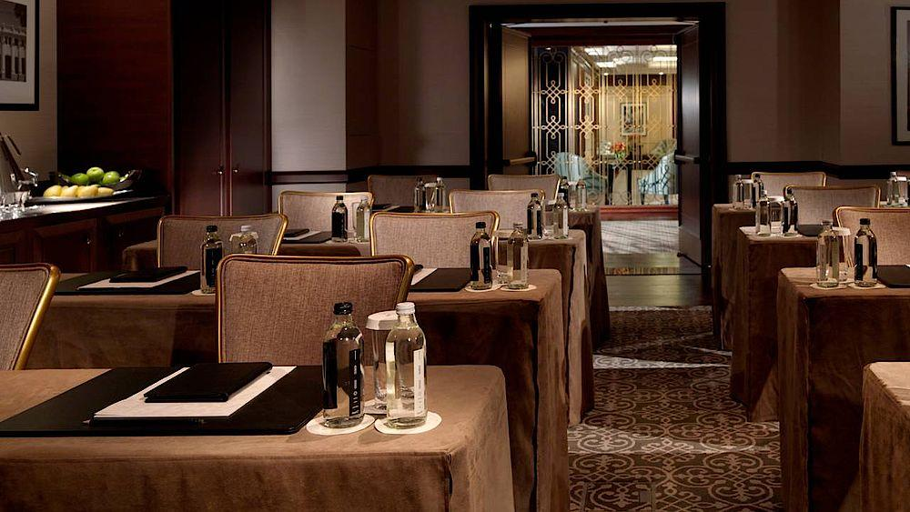 Restaurant, Four Seasons Hotel Baku, Aserbaidschan Rundreise
