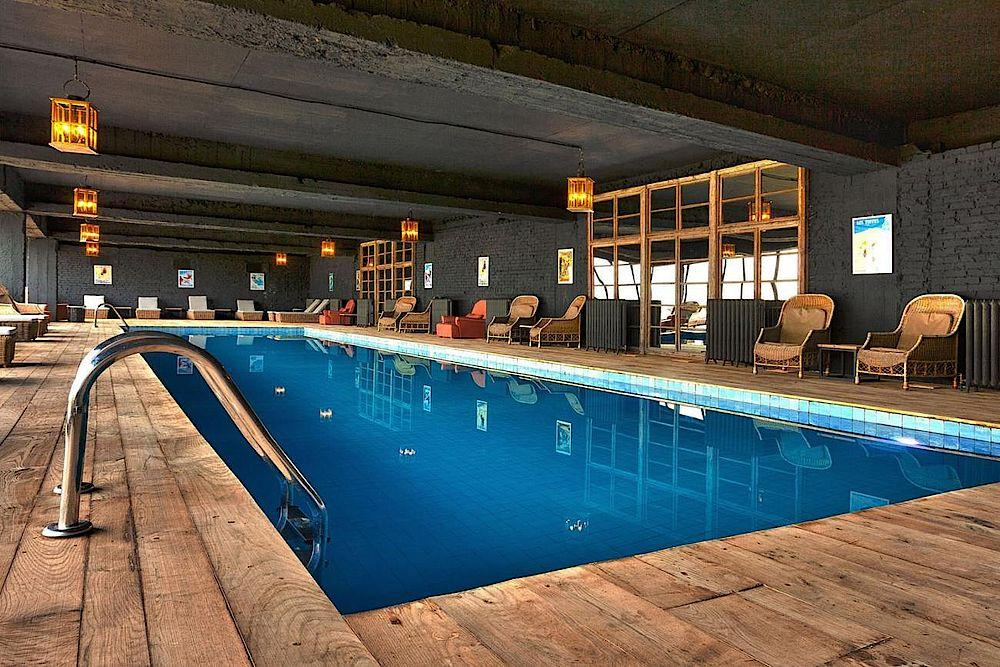 Pool, Rooms Hotel Kazbegi, Stepanminda, Georgien Rundreise