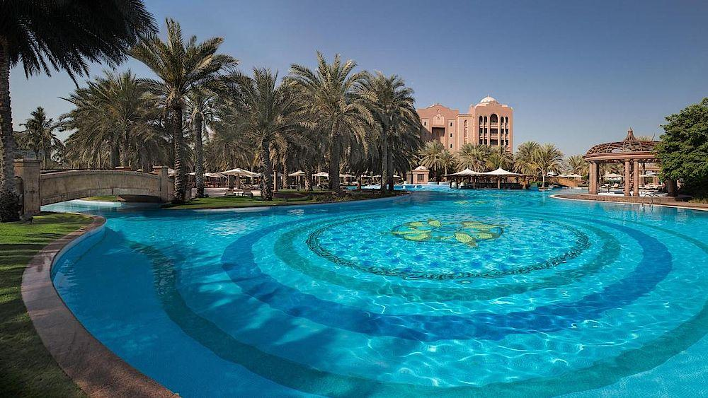 Pool, Emirates Palace, Abu Dhabi, Vereinigte Arabische Emirate Rundreise